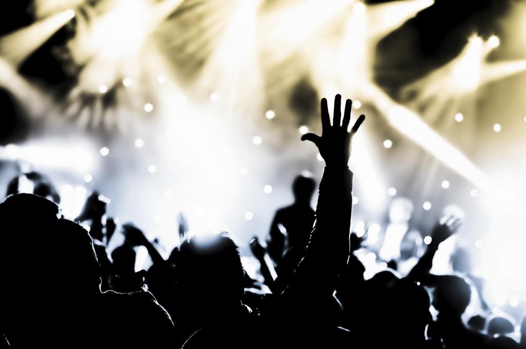 event crowd worship