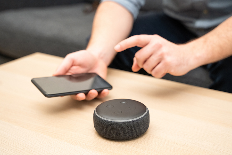 A smart speaker and phone